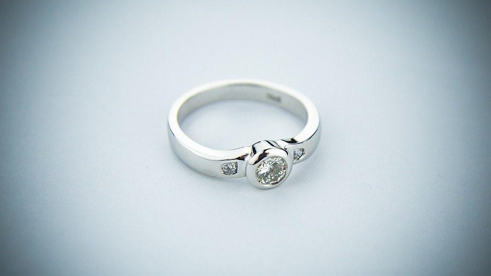 Inelul de logodna - criterii de alegere
