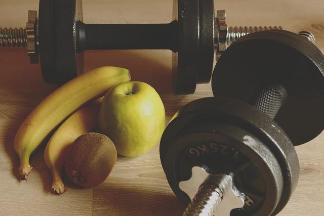 Noutati din nutritie: Banana este cel mai potrivit aliment ante si post antrenament